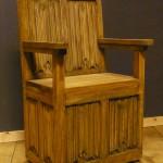 Linenfold throne in oak